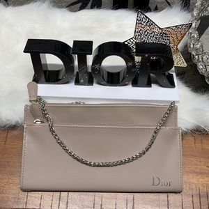 Dior Beauty Clutch With Chain